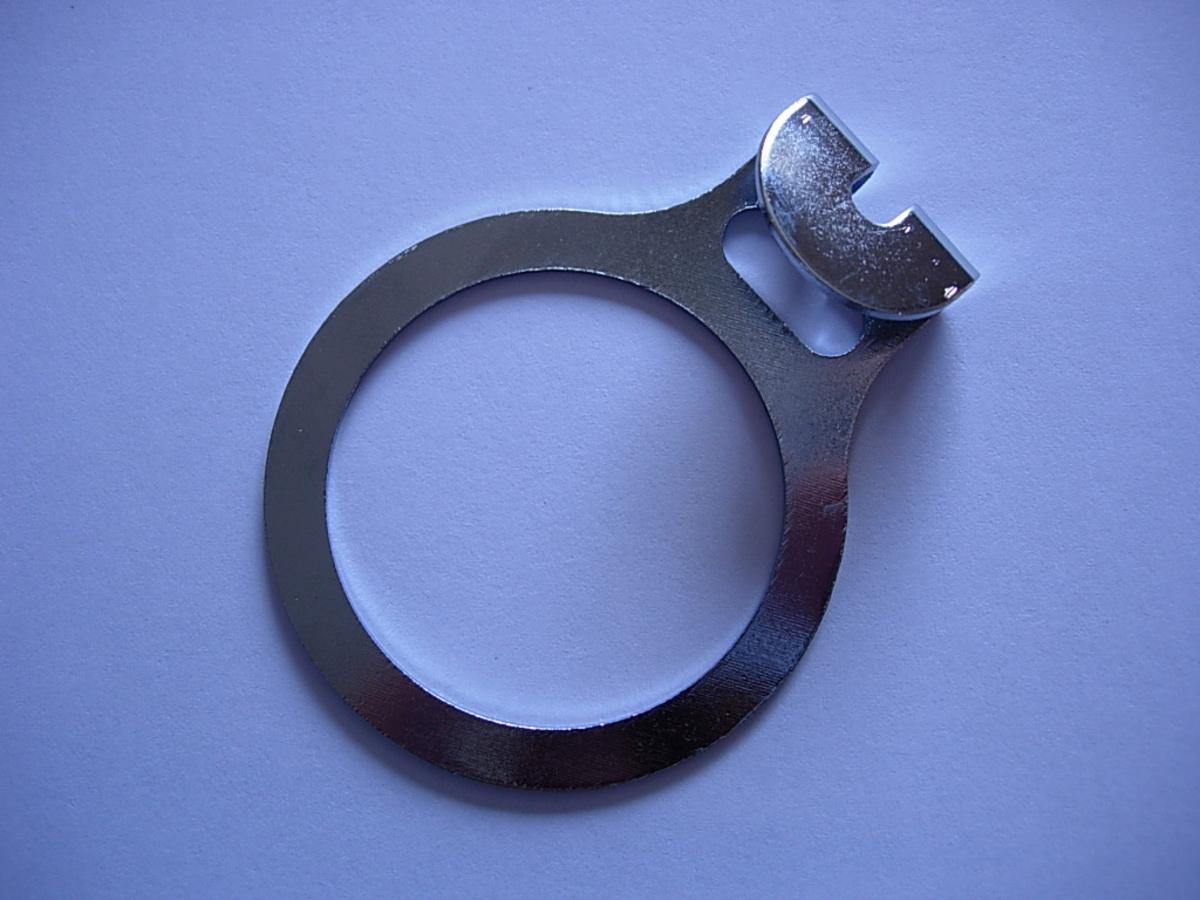 Anneau antivol noir Ø 3,50 cm